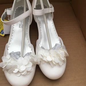Other - Girls dress shoes